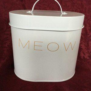 Cat Treat Tin Meow Barcley & Evans